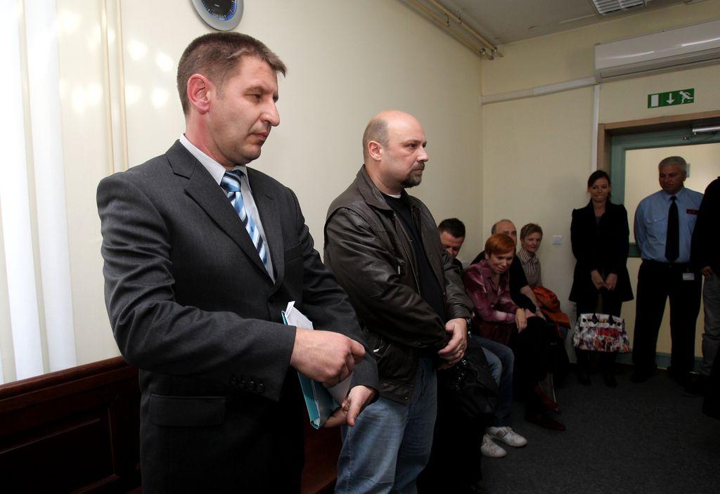Afera bulmastifi: v Baričevičevi hiši našli kri policista