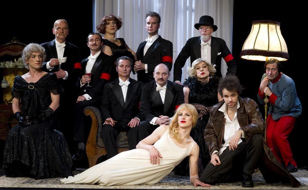 Portreti v SMG - devet videnj sreče v gledališču
