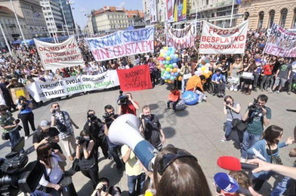 Dokumentarec Blokada: Aktivizem vedno hodi po robu prepada