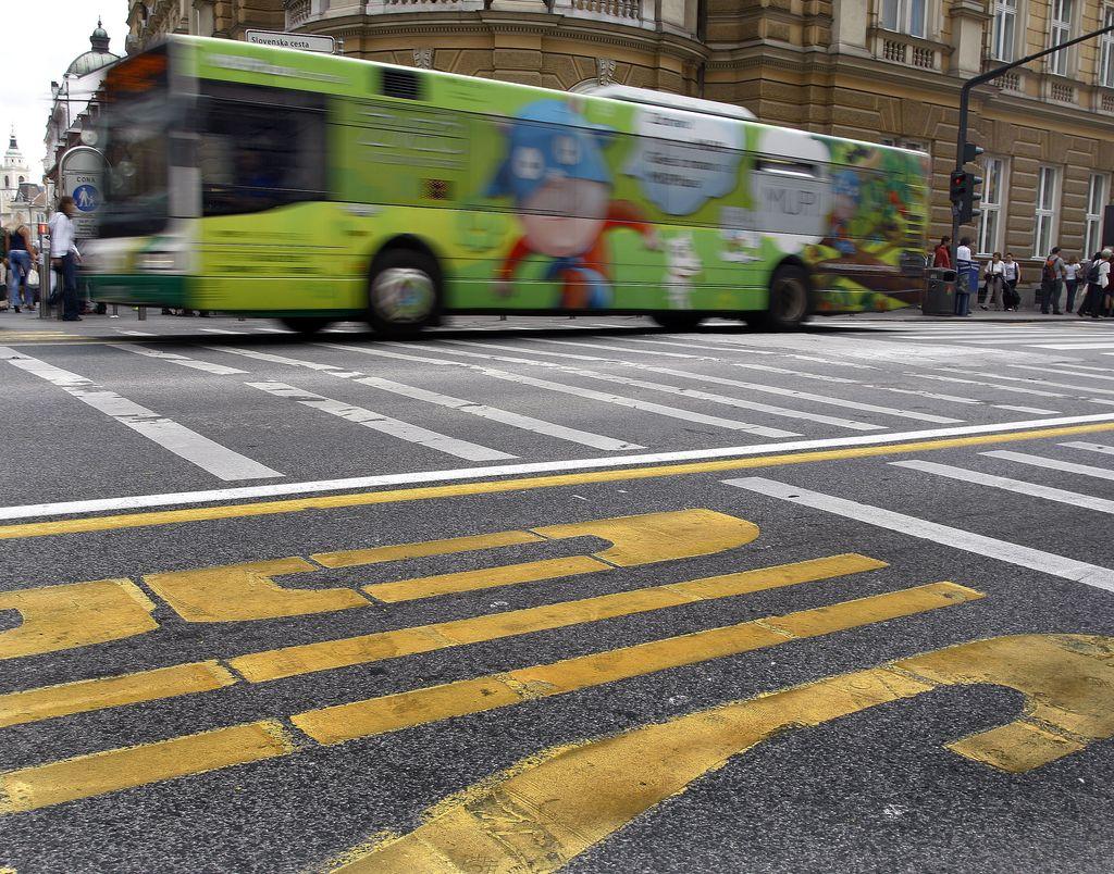Iz avtobusov se bo po novem letu videlo še manj