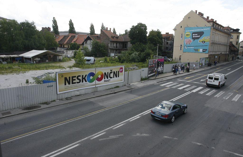 Na območju Šumija bi najprej gradili parkirišča
