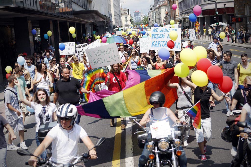 Parada ponosa: politični dogodek ali praznik enakopravnih?