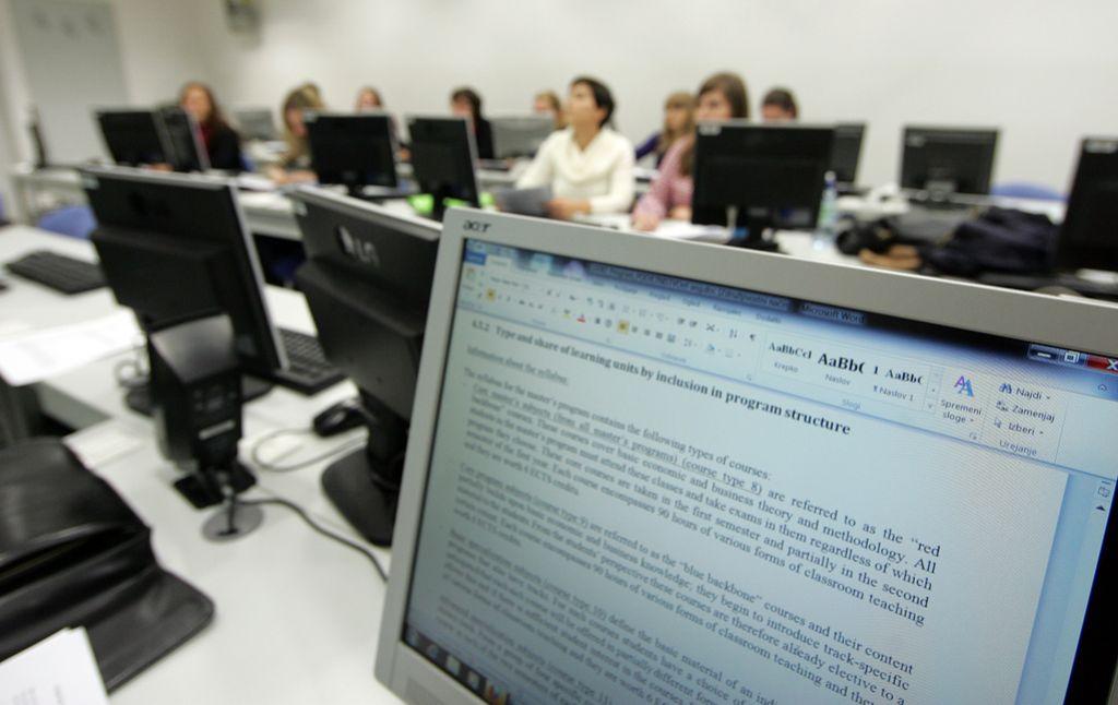 EU išče tolmače in prevajalce z glavnim jezikom slovenščino