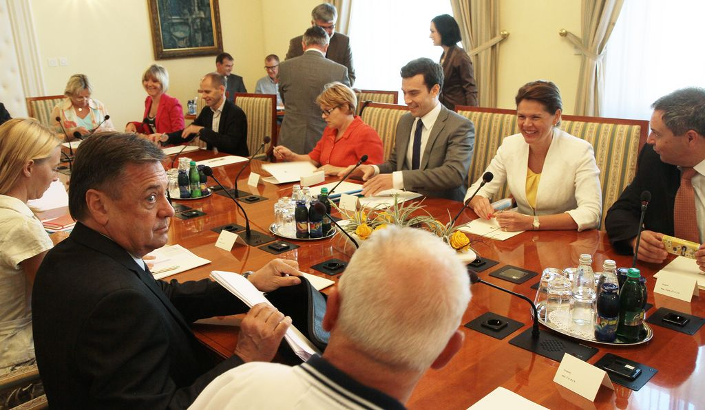 Janković in Bratuškova: urbi et orbi »konstruktivno«