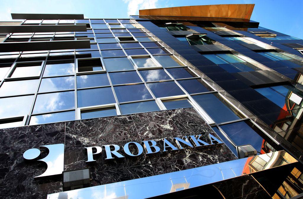 Nekdanji vodilni Probanke pred komisijo DZ
