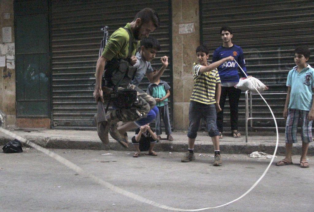 Posredovanje v Siriji: Merjenje moči na račun tujih življenj