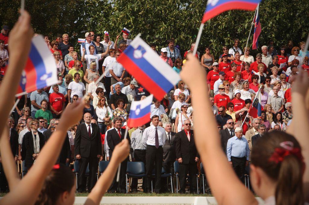 Srčna Primorska danes v Postojni