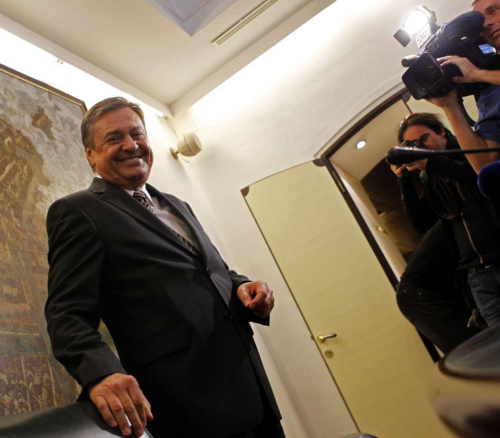 Janković: Očitki o fiktivnosti pogodb za Stožice nesmiselni