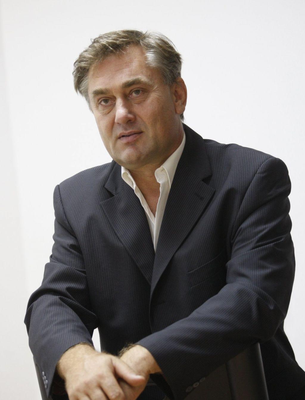 Dušan Hedl: »Moramo se naučiti, da je umetnost treba plačati.«
