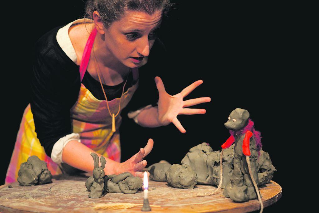 Elena Volpi: Gledališče je ritual za vzgojo lepega