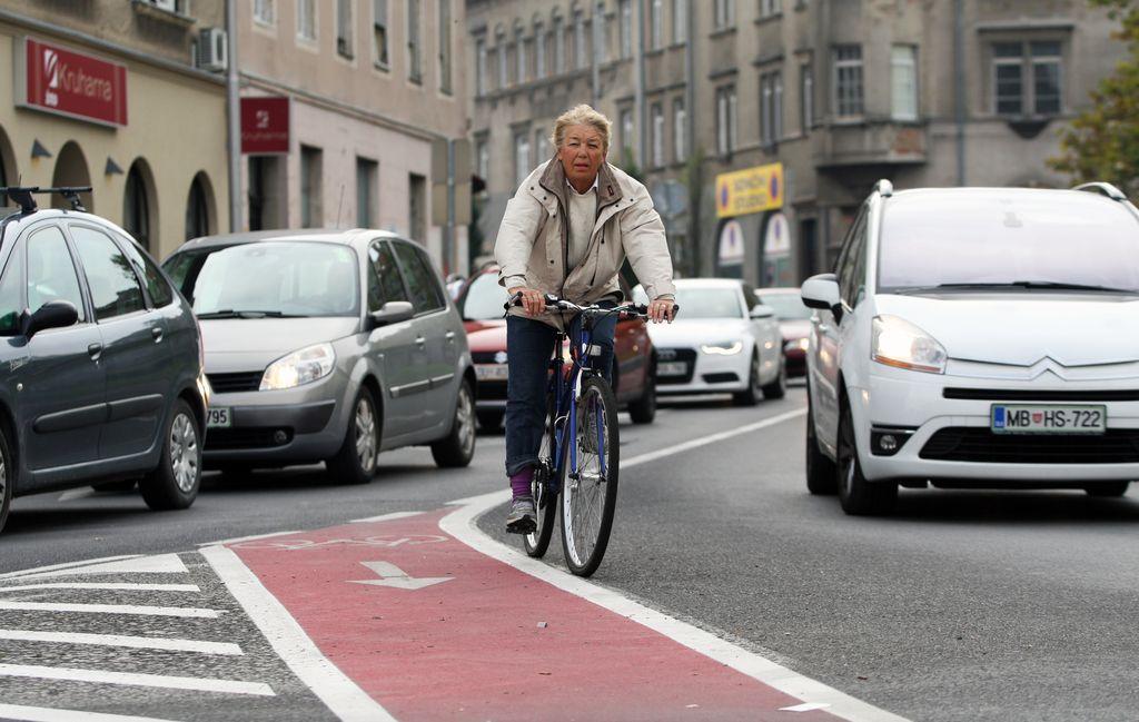 Avtomobilisti bodo cesto delili s kolesarji