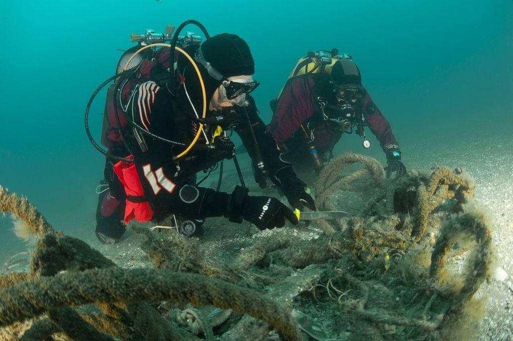 Iz ribiške mreže nastanejo nogavice
