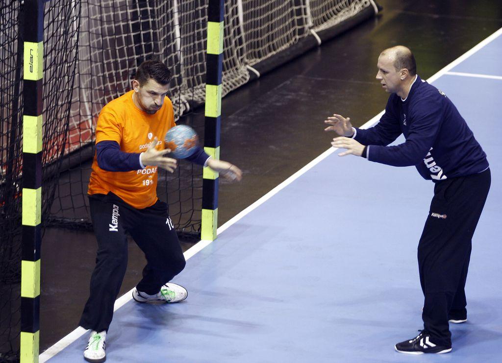 Škof in Prošt v finalu pokala EHF