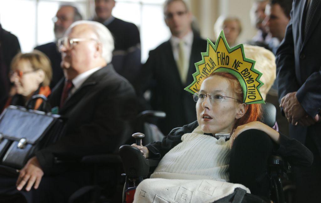 Elena Pečarič obsojena na pogojno kazen