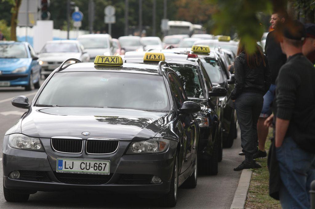 V četrto gre rado: ljubljanski taksi, »vreden zaupanja«
