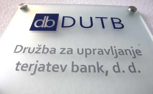 iza*Slaba banka