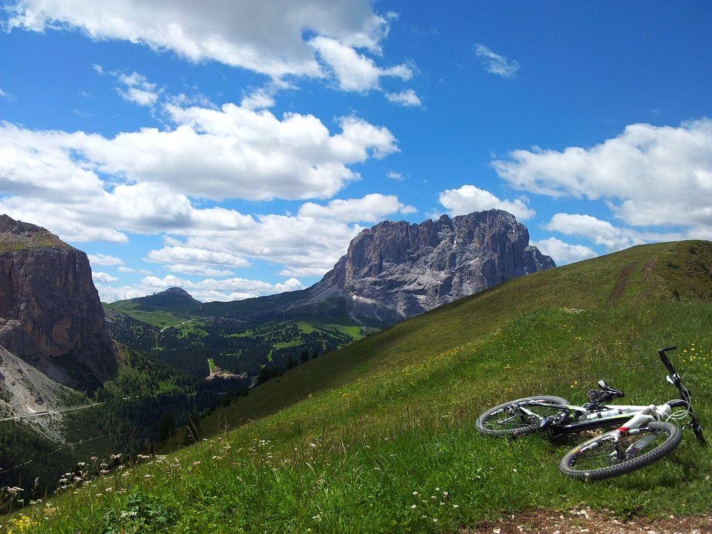 Odgovori na opoldansko vprašanje: »pregon« gorskih kolesarjev