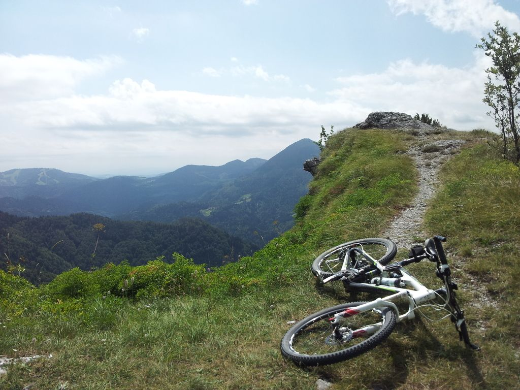 Minister Židan vabi gorske kolesarje na sestanek