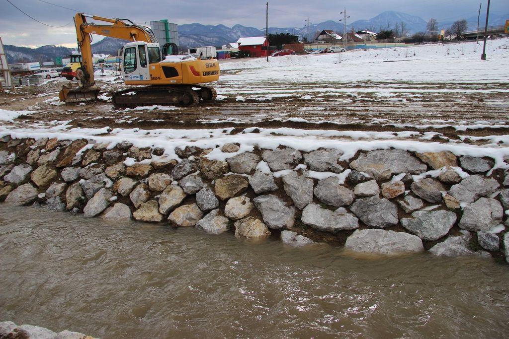 Ministrstvo ustavlja poplavne ukrepe