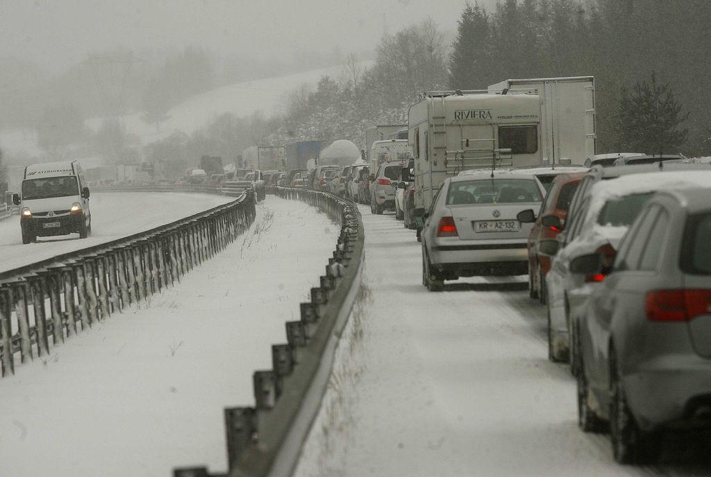 Župani bliže soglasju za avtocesto do Jelšan