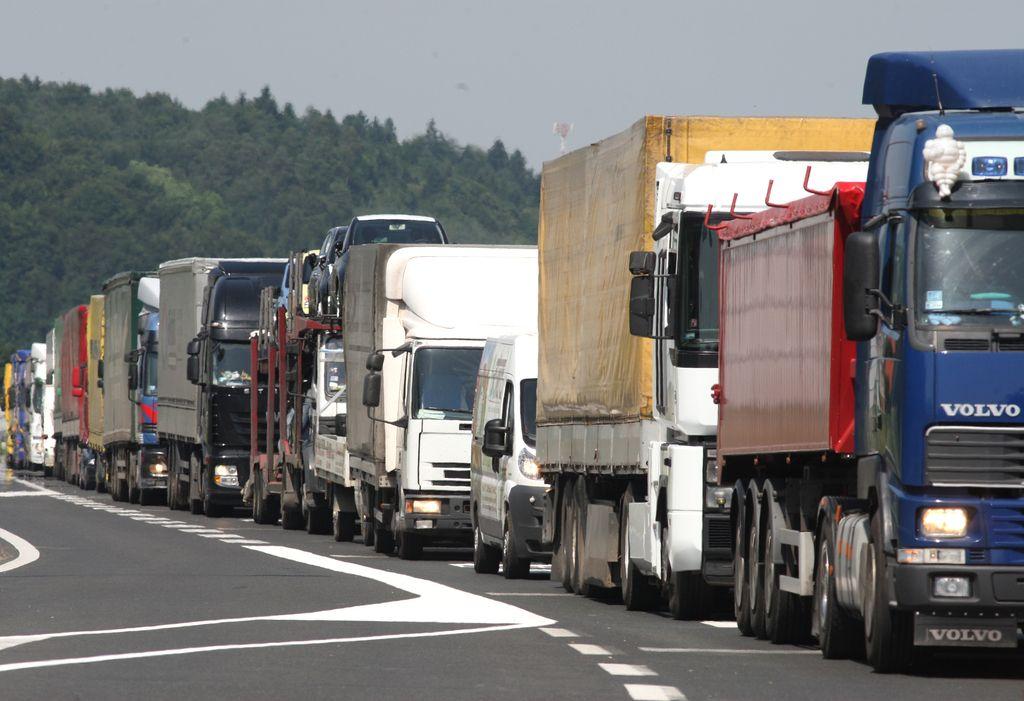 Za voznike tovornjakov v Vrtojbi končno bolje poskrbljeno