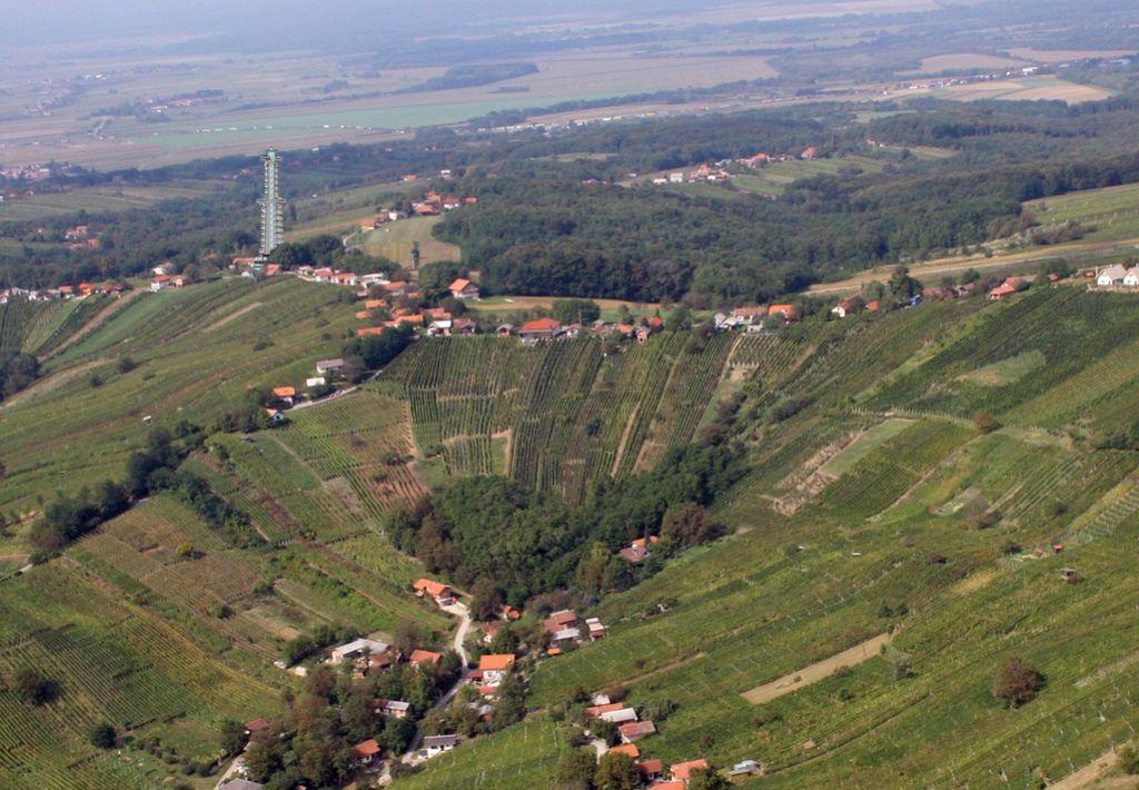 Razgledni stolp v Lendavi bo zgradil Pomgrad