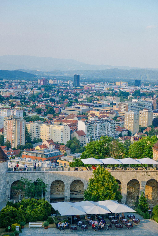 Ljubljanski grad: Skozi zgodovino po 92 stopnicah