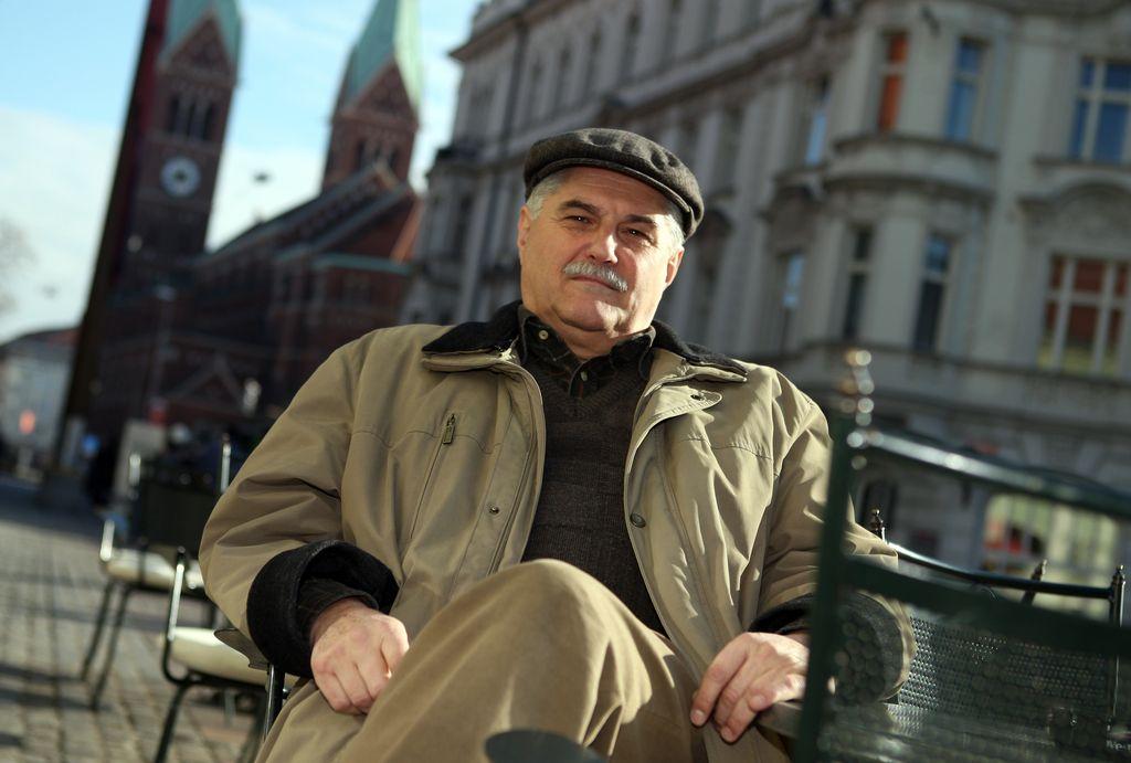 Glazerjeva nagrada za življenjsko delo Andreju Brvarju