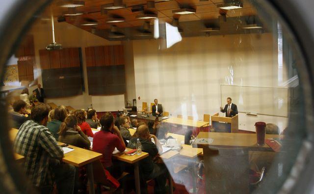 Socialdemokrata Igorja Lukšiča na FDV. V Ljubljani 9.10 2013