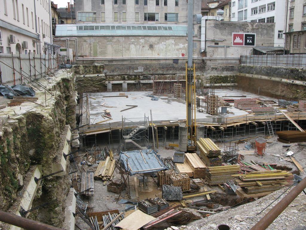 Gradbišče Kozolca II sameva, vendar investitorjev ne skrbi