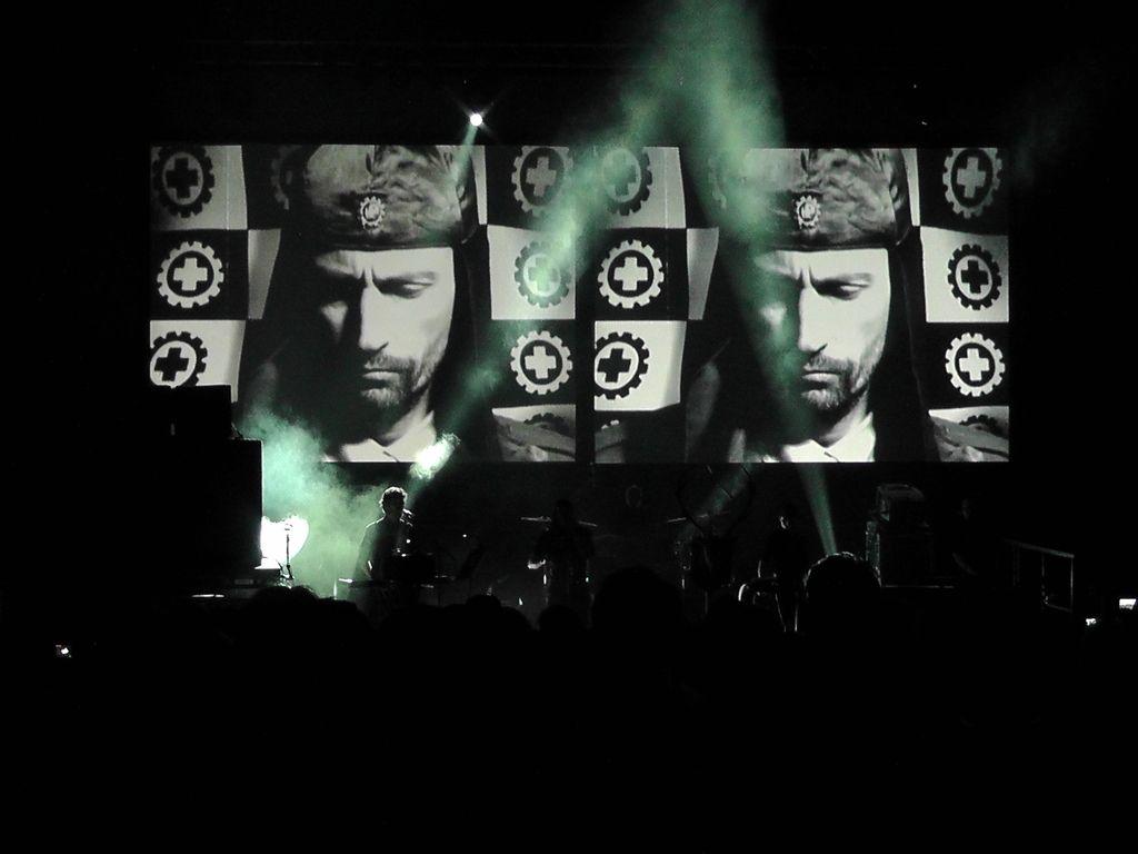 Recenzija knjige: Laibach in retroavantgarda