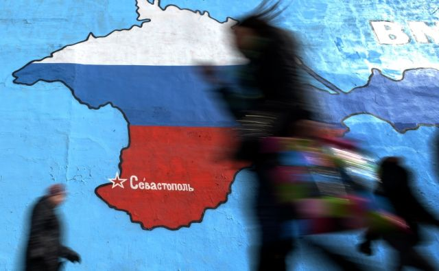 TOPSHOTS-RUSSIA-UKRAINE-POLITICS-CRISIS-CRIMEA-FEATURE
