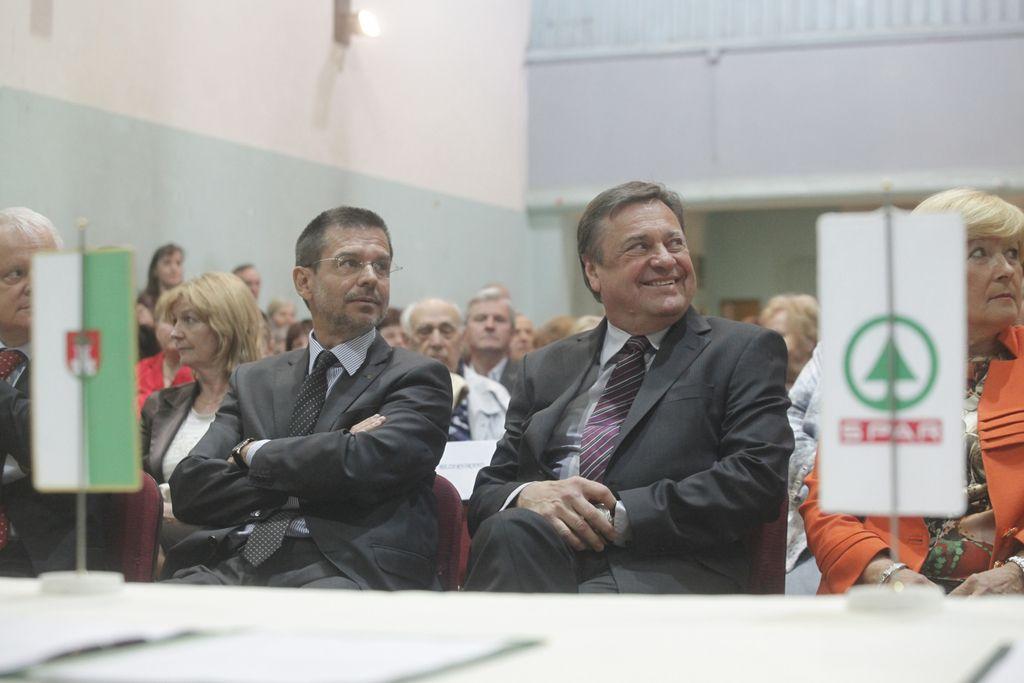 Spar in občina sklenila pogodbo za center v Zalogu