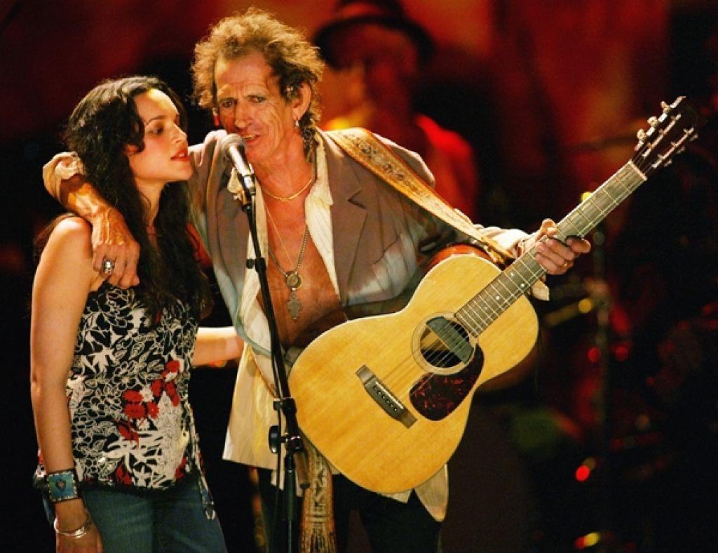 Glasba za dobro jutro: Keith Richards in Norah Jones, Love Hurts