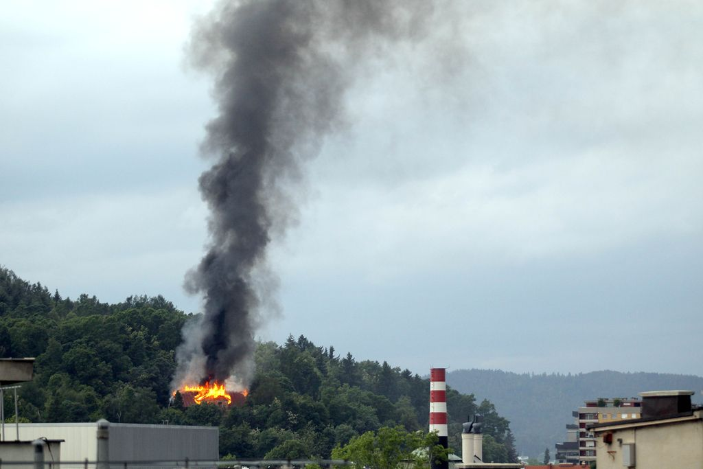 Hotel Bellevue je spet gorel