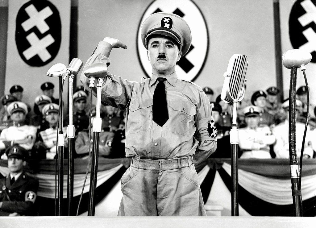 Bi bil Hitler danes zvezdnik na youtubu?
