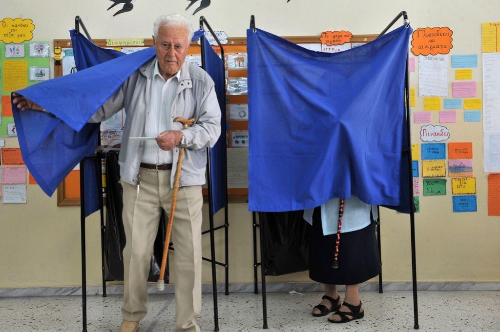 Večina spet Evropski ljudski stranki