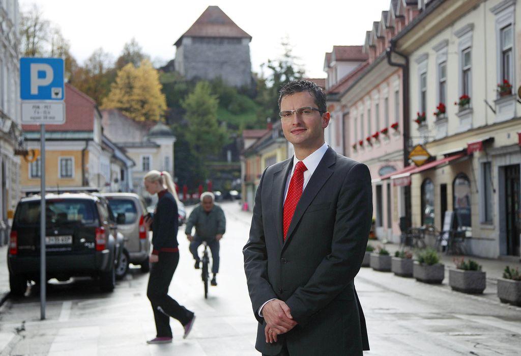 Ustanovljena stranka Lista Marjana Šarca - naprej Kamnik