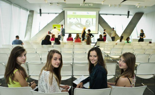 Dan za punce predstavitev tehničnih poklicev netipičnih za dekleta 18.6.2014 Ljubljana Slovenija