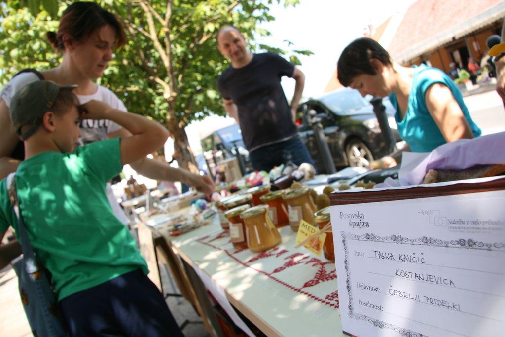 Bo s Posavsko špajzo na tržnicah res več lokalne hrane?