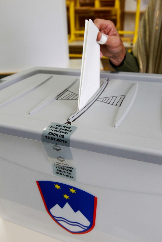 Doslej zabeležili 29 prijav domnevnih kršitev volilnega molka