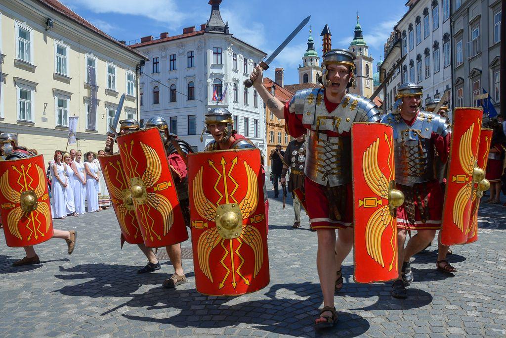 Poleti v Ljubljani rekordno število turistov