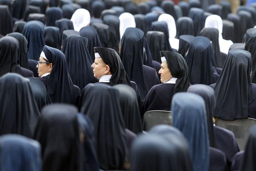 Papež po sto letih spet preslišan?