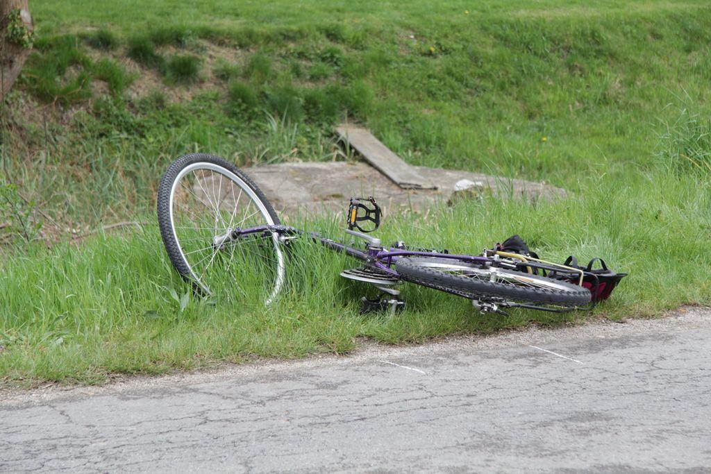 V nesreči umrl 48-letni kolesar