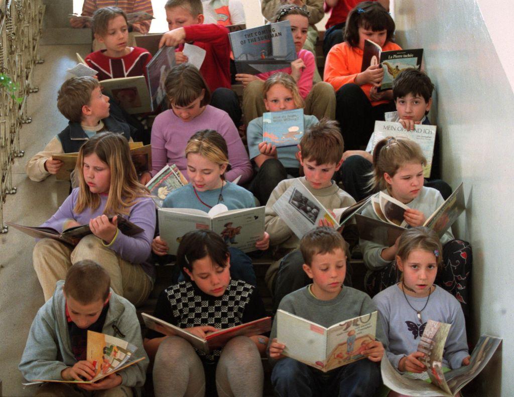 Kam so izginile poučne knjige za mlade?