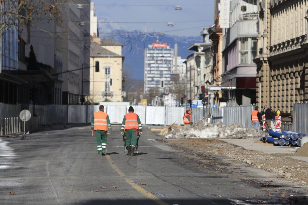 Kanalizacija v Hrušici: Občina ima težave z gradbenim dovoljenjem