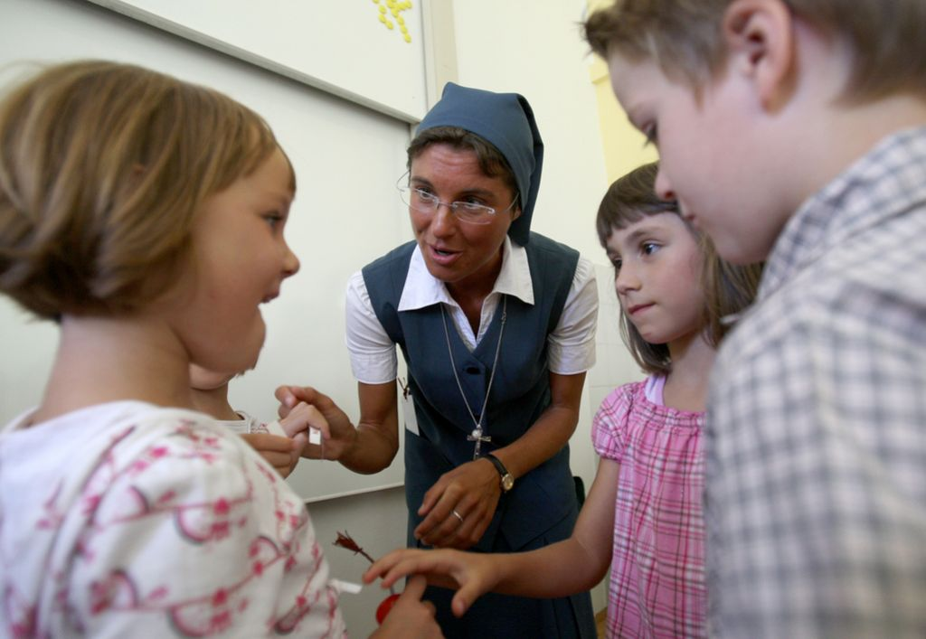 Financiranje zasebnih osnovnih šol doslej diskriminatorno