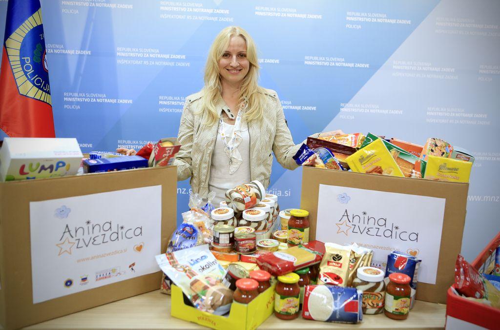 V božični akciji Anine zvezdice zbrali 155 ton hrane