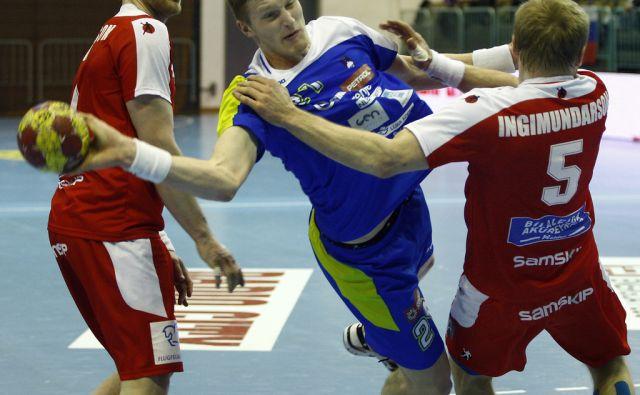 Blaž Blagotinšek na tekmi med Slovenijo in Islandijo v dvorani Tabor v Mariboru, 3. aprila 2013.