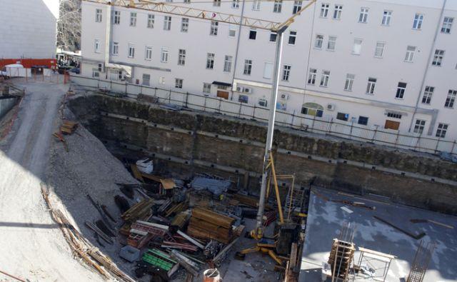 Gradbišče-  parkirišče, Kozolec 2. V Ljubljani 14.2.2014